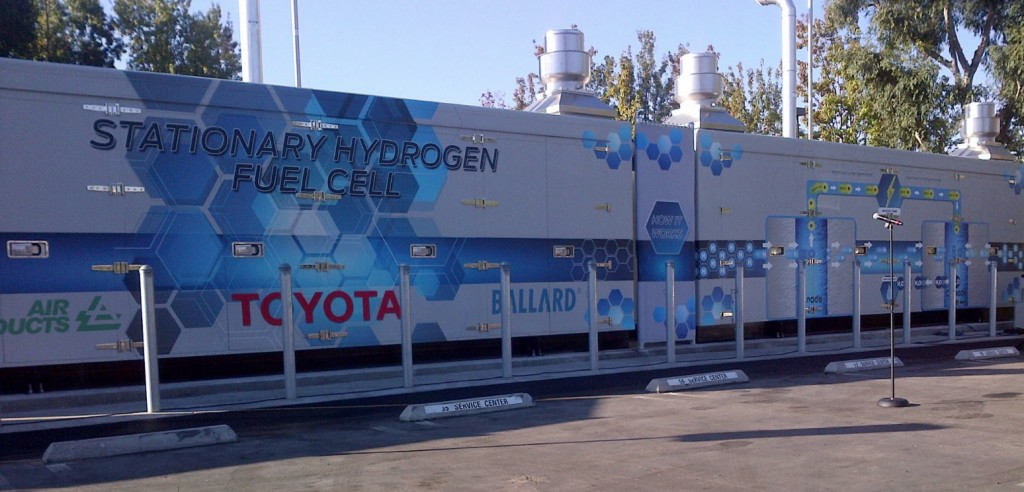 Toyota Powers Up 1 1-Megawatt Hydrogen Fuel Cell Generator